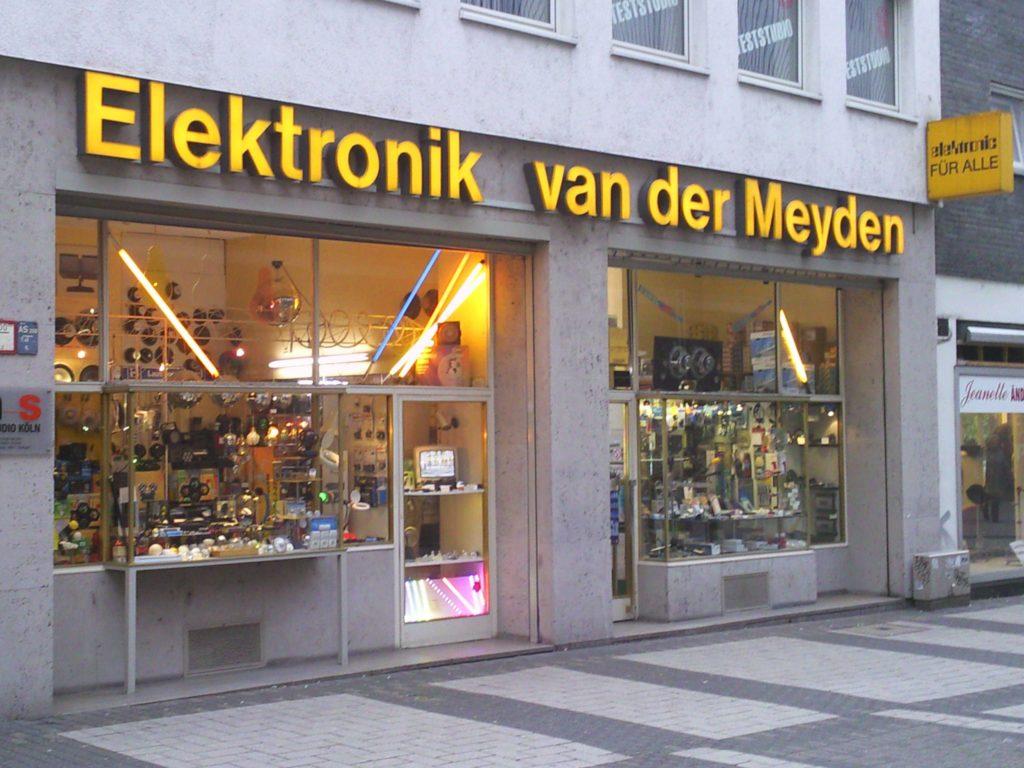 Elektronik van der Meyden, Aussenaufnahme1